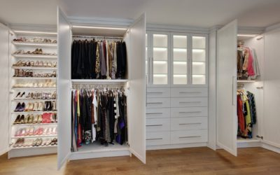 Organize your closets with custom build ins